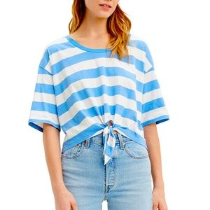 Levi's Fiona striped tie front, cropped tee